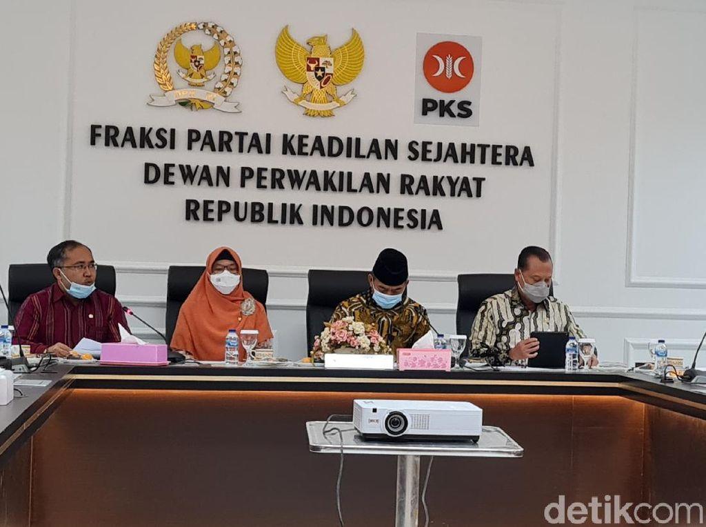 Minus Amien Rais, Tokoh TP3 Laskar FPI Temui Fraksi PKS di DPR