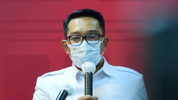 Gubernur Jawa Barat Ridwan Kamil memberi keterangan pers, Jakarta, 29 Maret 2021.