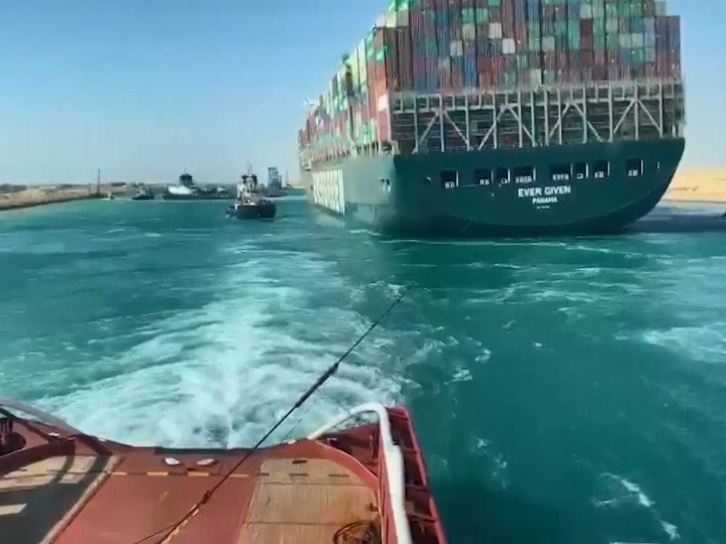 Kapal Ever Given Berhasil Dievakuasi, Terusan Suez Normal Kembali