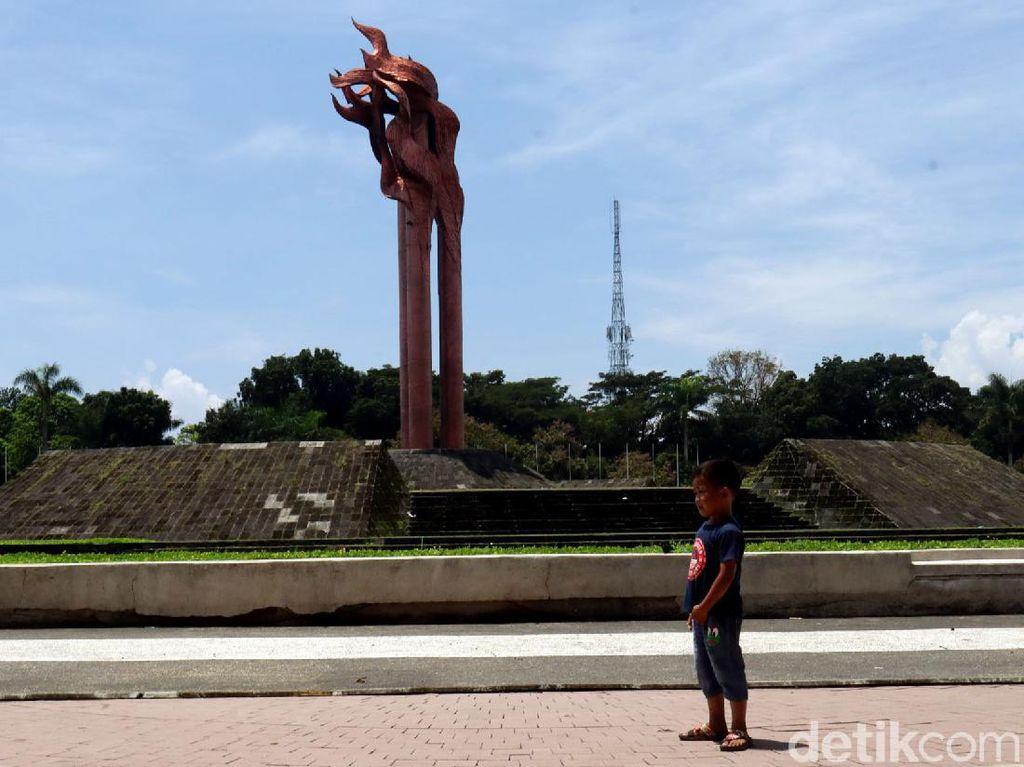 Melacak Jejak Peristiwa Bandung Lautan Api di Taman Tegallega