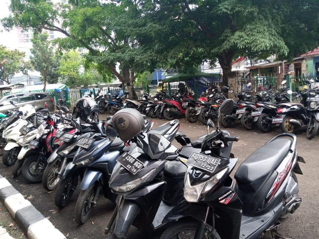 Waduh! Siap-siap Parkir Motor Sejam Rp 18.000