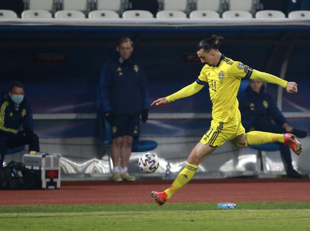 Diserang Legenda Hoki Swedia, Ibrahimovic Membalas