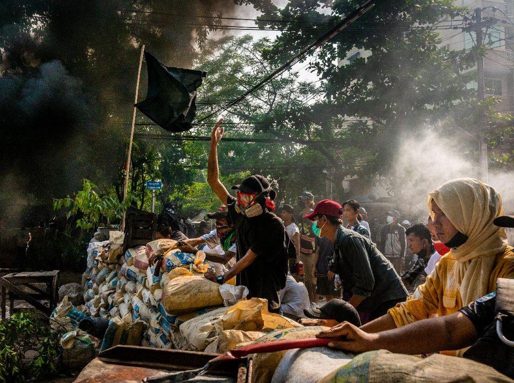 Aksi Gencatan Senjata Myanmar tapi Tak Berlaku ke Demonstran