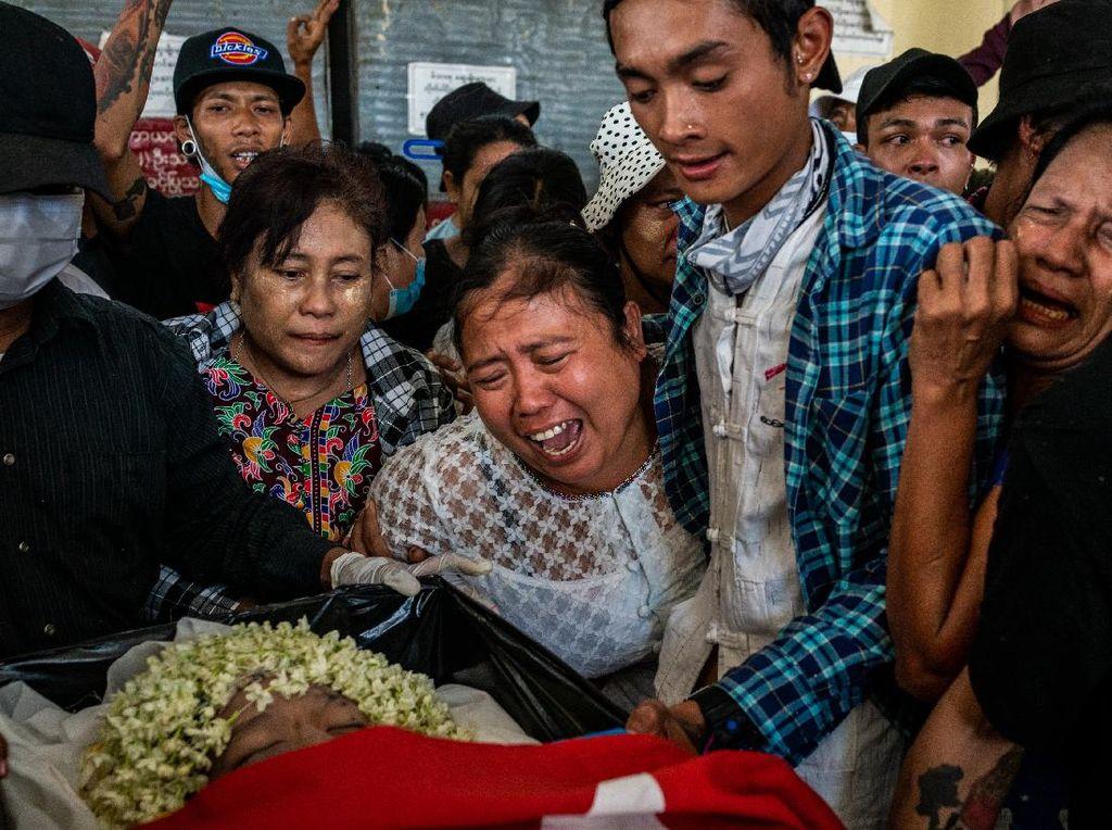 Sudah 500 Pedemo Tewas di Tangan Militer Myanmar