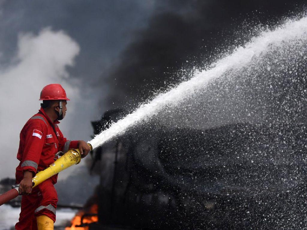Kapan Pertamina Buka-bukaan Sebab Kilang Balongan Terbakar?