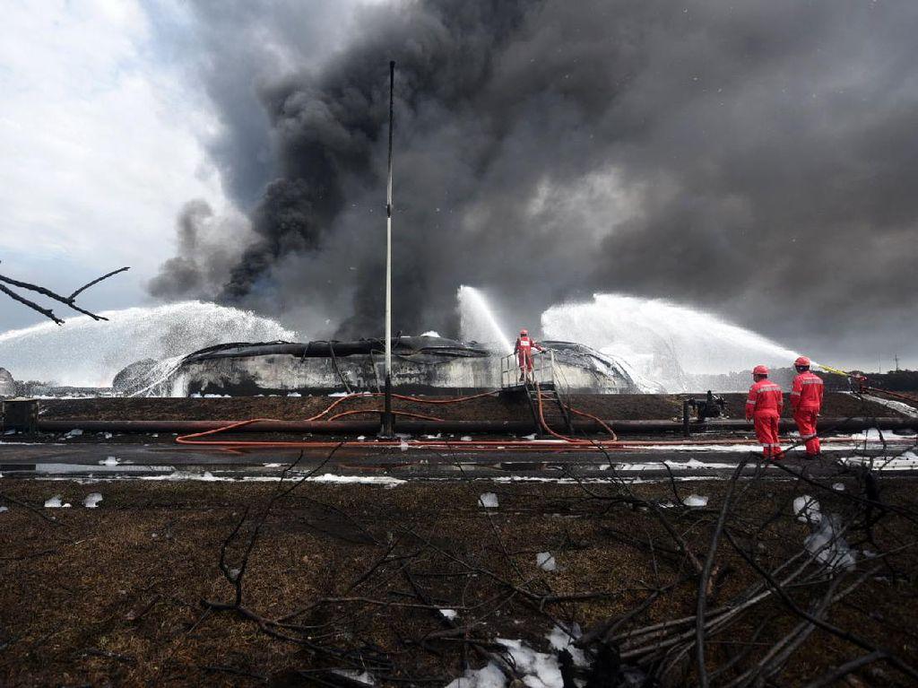 Kilang Balongan Kebakaran, Anggaran Impor BBM Pertamina Bisa Bengkak