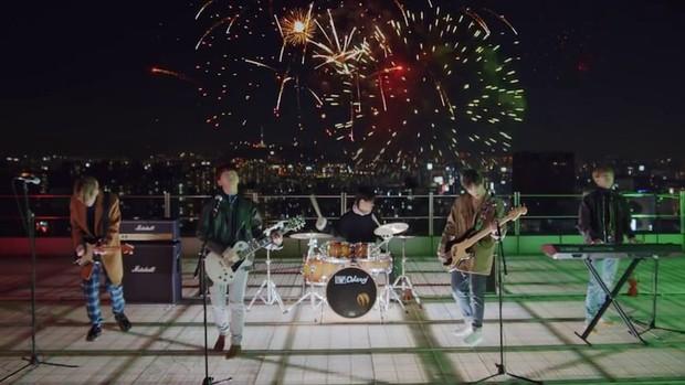 Band Day6 hadir dengan lagu romantisnya berjudul I Like You.