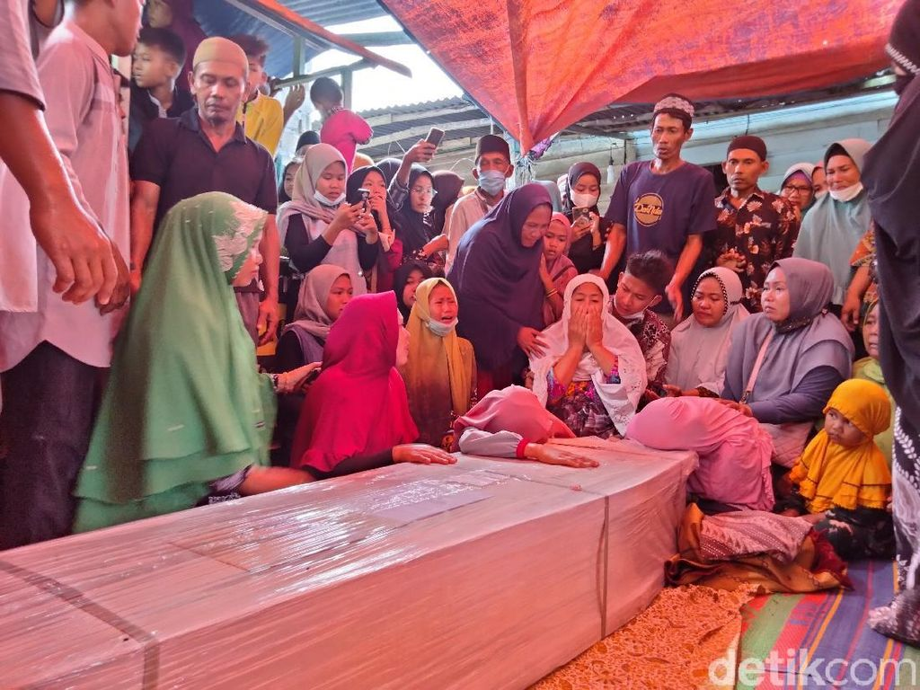 Haru Keluarga Saat Yunus yang Tewas di Malaysia Bisa Dimakamkan di Asahan