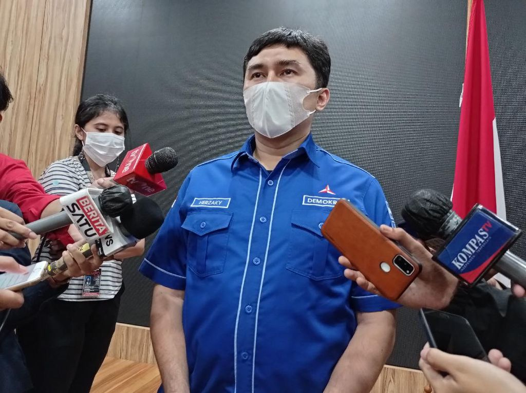Dituntut Minta Maaf ke Jokowi, PD Klaim AHY Tak Tuduh Presiden soal KLB