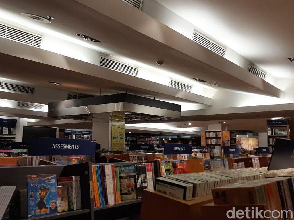 Kok Bisa Kinokuniya Plaza Senayan Tutup? Ini Dugaannya