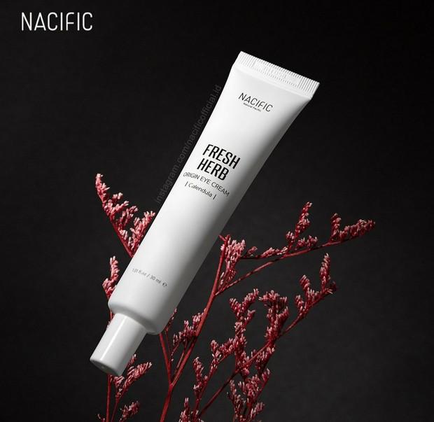 Nacific Fresh Herb Origin Eye Cream (sumber : instagram.com/nacificofficial.id)
