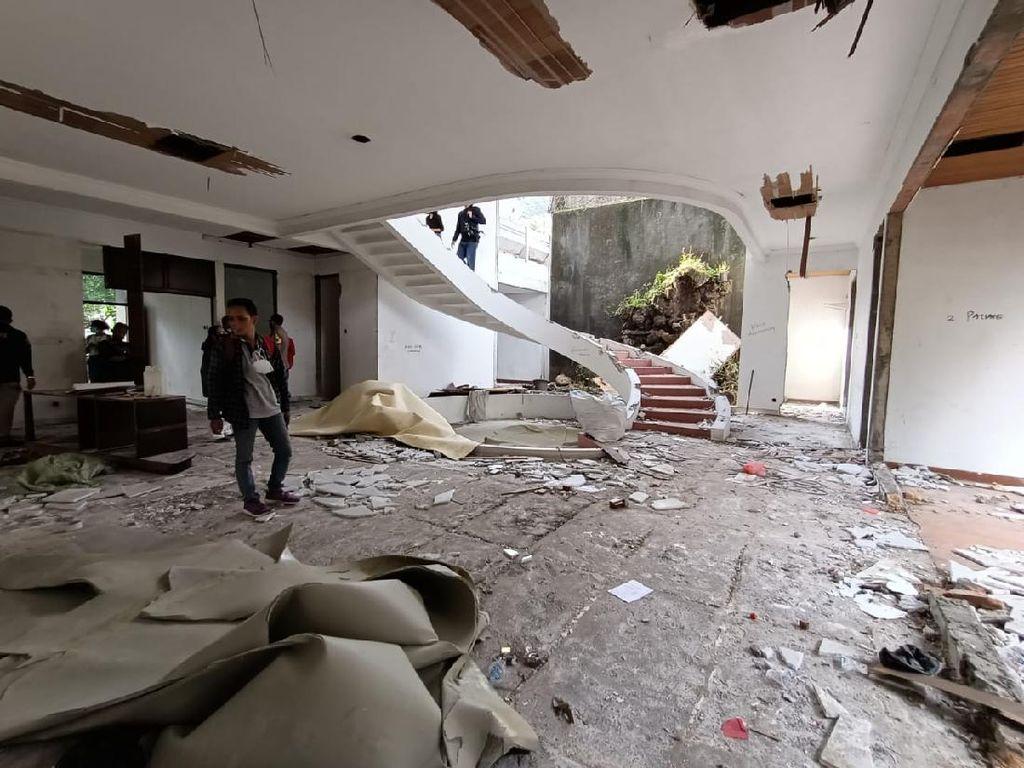 Melihat Lebih Dekat Rumah Mewah di Kedoya yang Dibongkar Pencuri