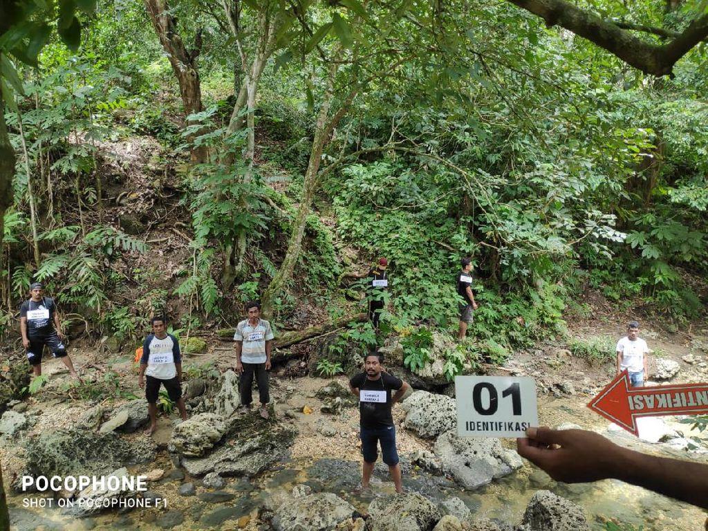 Polisi Prarekonstruksi 3 Warga Diduga Dibunuh Suku Togutil di Hutan Halteng