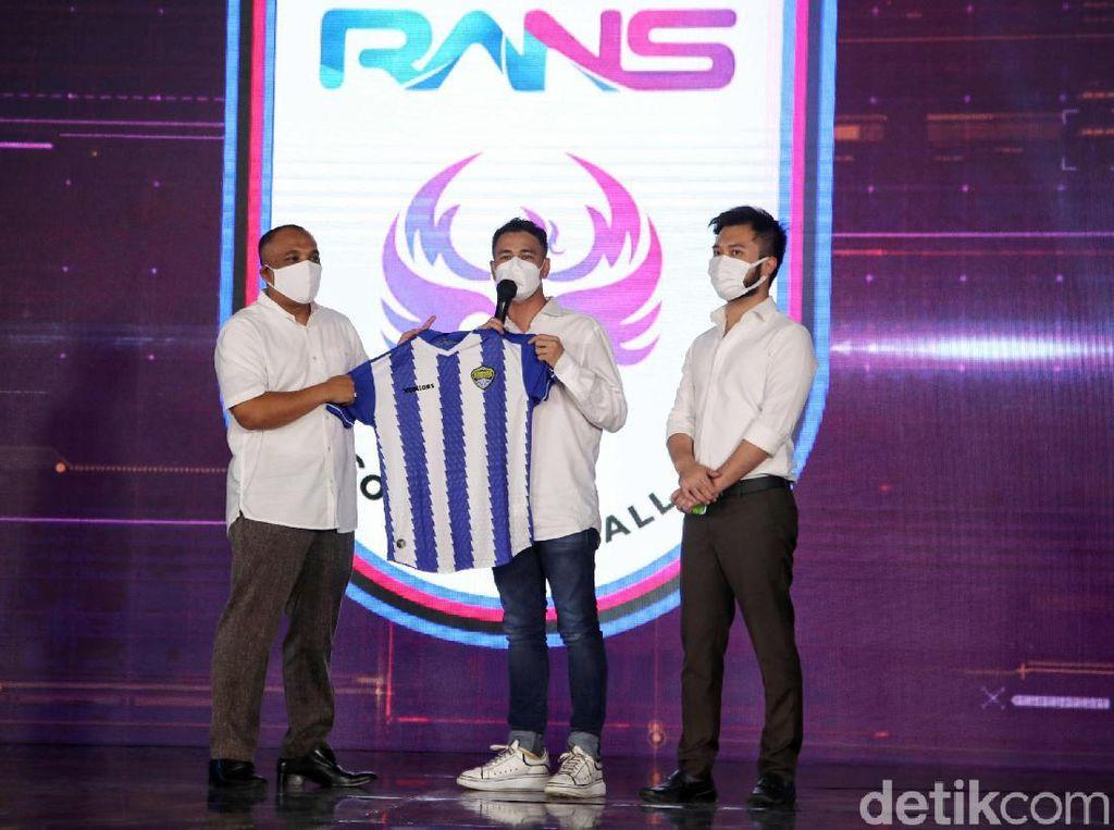 Raffi Ahmad dan Mimpi Sepakbola Indonesia