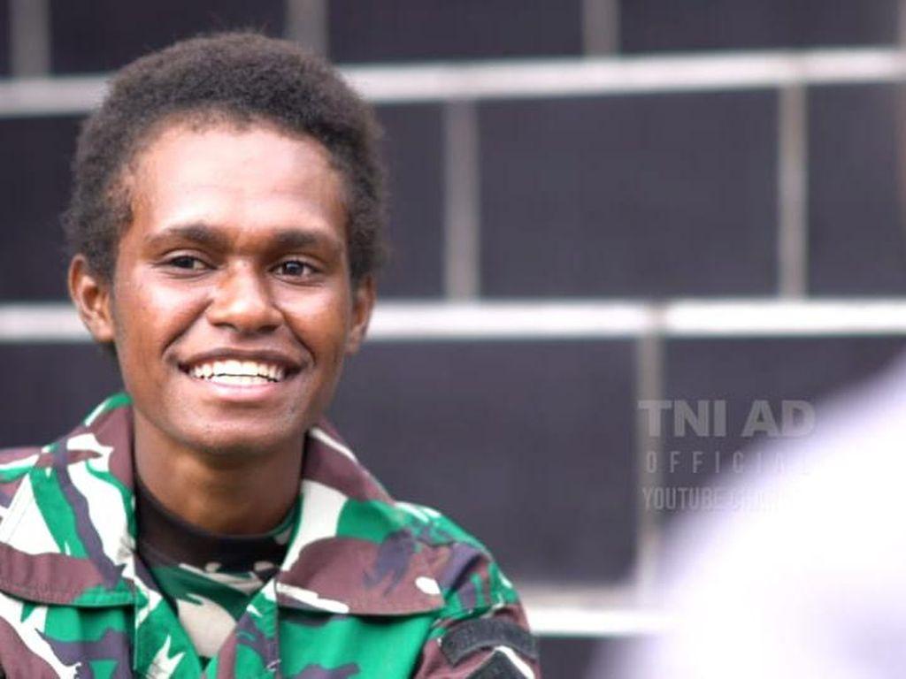 Cerita Putri Papua Ikut Pendidikan di Pusdik Kowad: Antara Hidup dan Mati