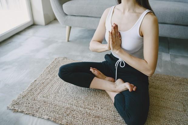 Yoga untuk Atasi Kesulitan Tidur