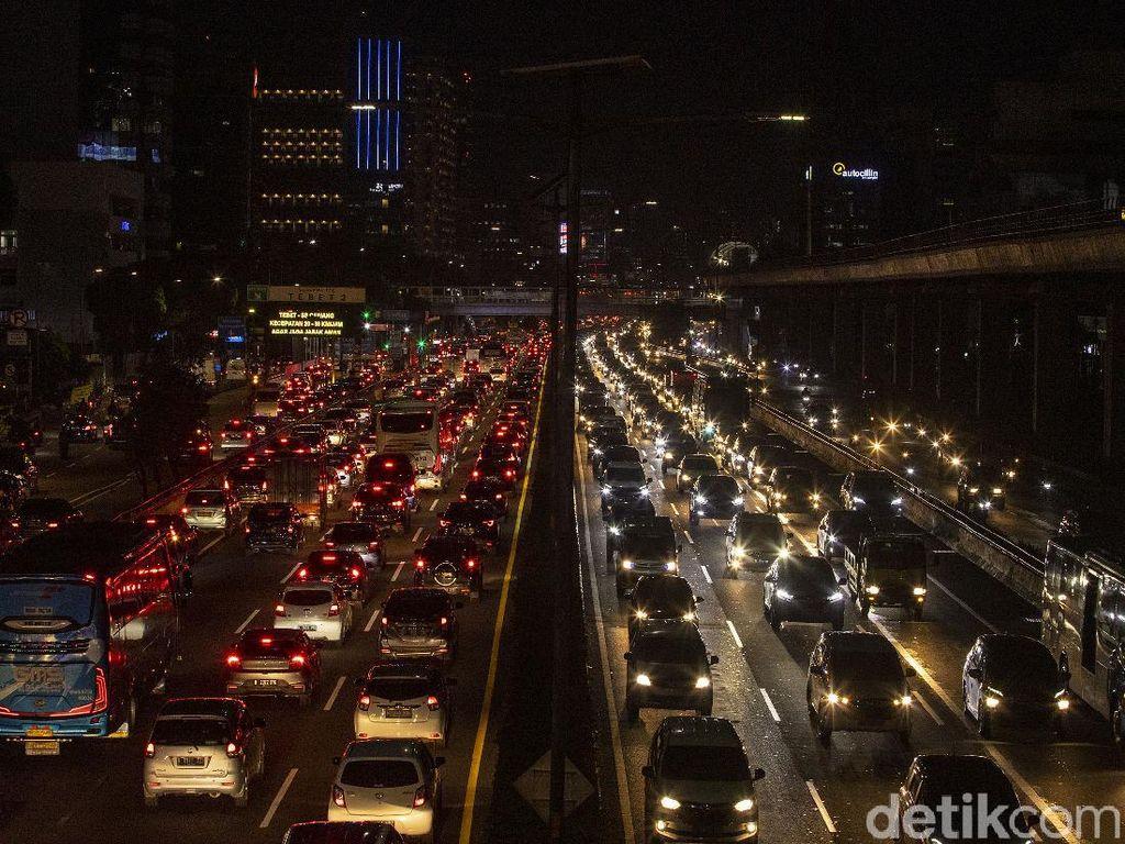 Kemacetan di Jabodetabek Bikin Rugi Rp 71 T, Apa Penyebabnya?