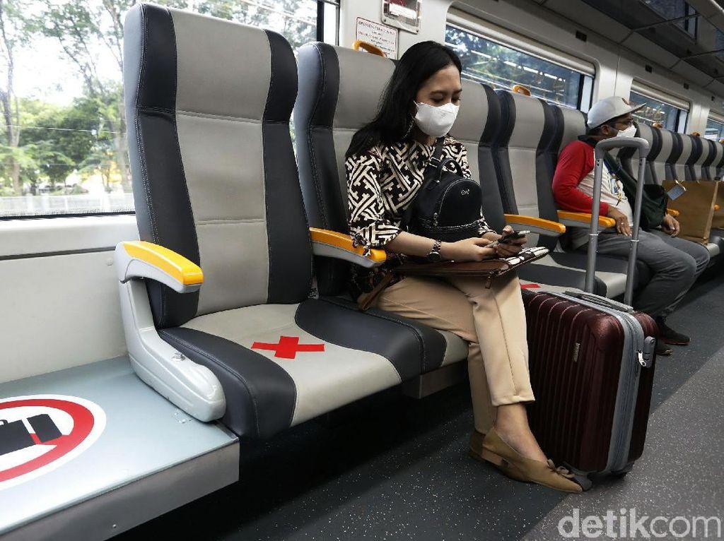 Tarifnya Mulai Rp 5.000, Ini Enaknya Pakai Kereta Bandara Rasa KRL