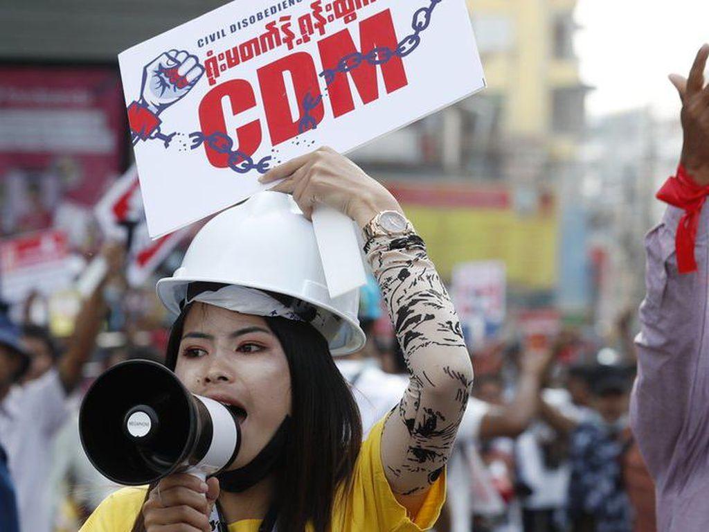 Berbagai Suku dan Agama di Myanmar Bersatu Melawan Junta Militer