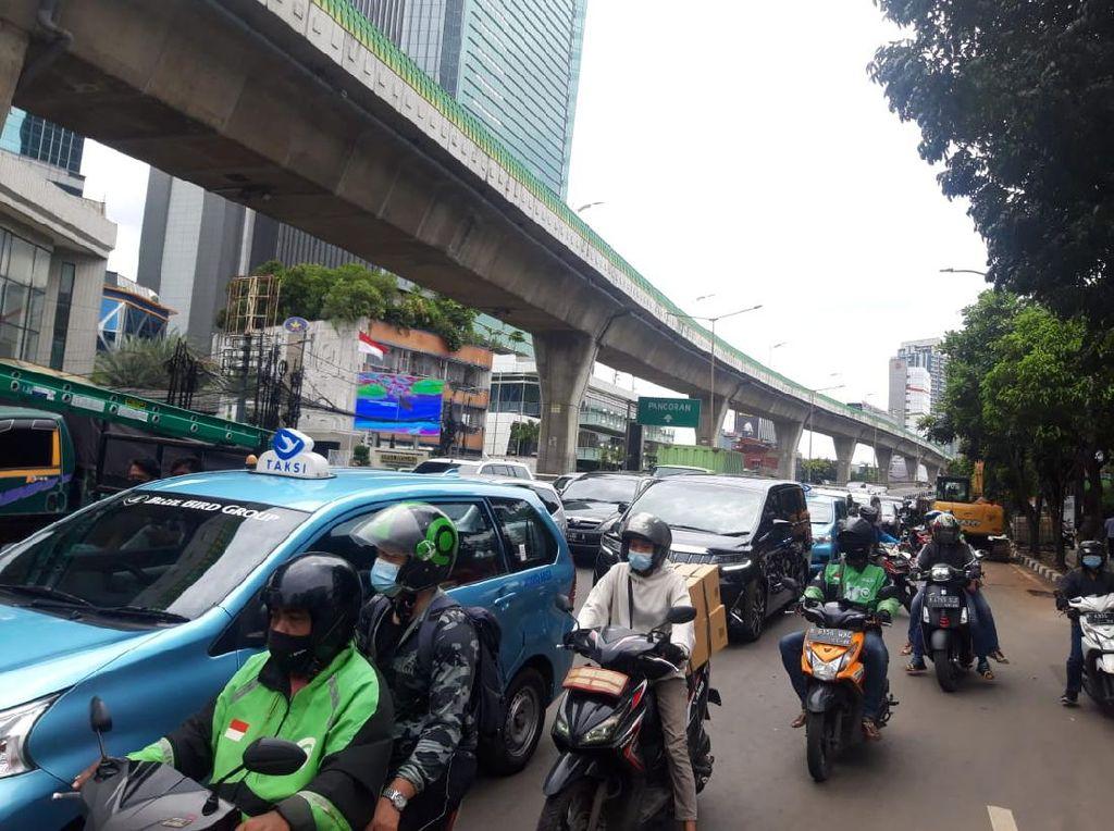 Kemacetan Dampak Galian di Jl Tendean Jaksel Menjalar ke Mana-mana