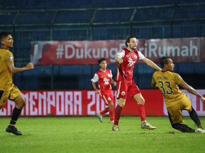 Marc Klok jadi penentu kemenangan Persija Jakarta 2-1 atas Bhayangkara FC di Piala Menpora, Rabu (31/3/2021) malam WIB