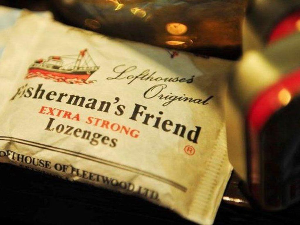 Bos Permen Fishermans Friend Tutup Usia