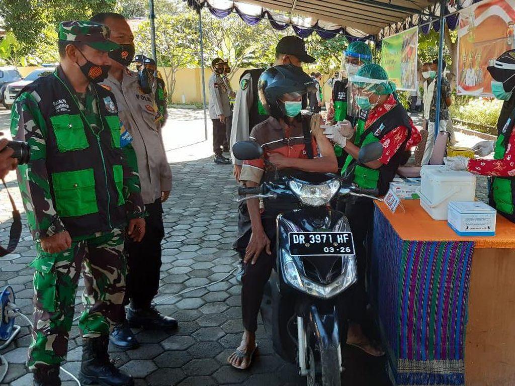 Percepat Vaksinasi, Polres Lombok Utara Buka Layanan Drive Thru