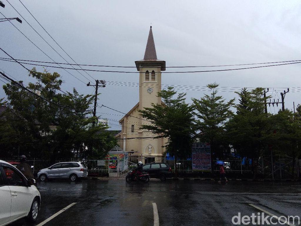 Densus Tangkap 20 Orang Terkait Bomber Pasutri di Katedral, 2 Dilepas