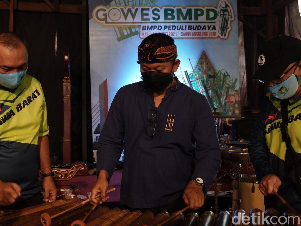 Bertahan dari Pandemi, BMPD Jabar Dorong Saung Angklung Udjo Tampil Virtual