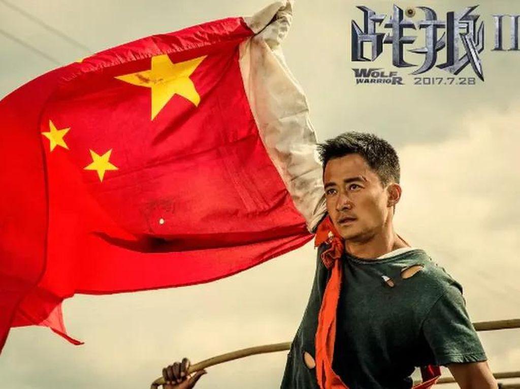 Aktor China Ini Dihujat Netizen Usai Ketahuan Pakai Iphone
