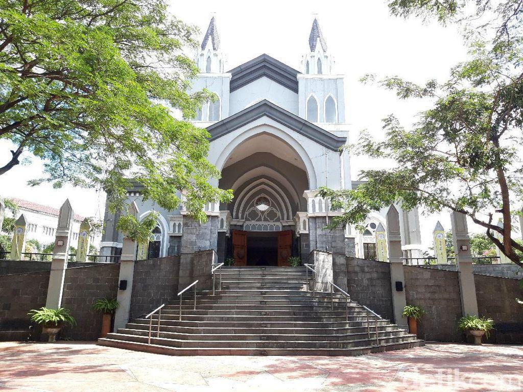Jemaat di Tangsel Bersyukur Bisa Ibadah Misa Jumat Agung di Gereja Lagi