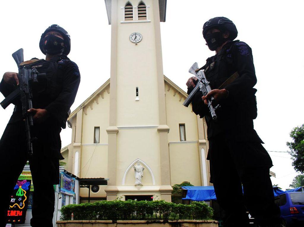 Densus 88 Ringkus 1 Terduga Teroris Kajian Villa Mutiara Makassar