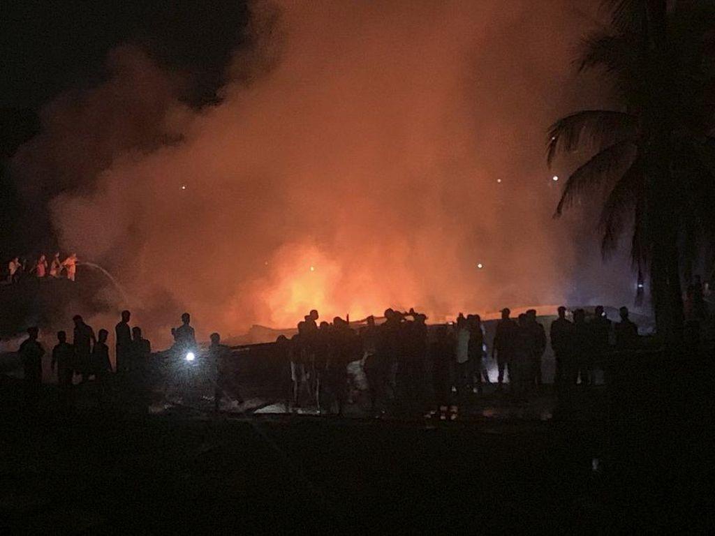 Kebakaran Kembali Terjadi di Kamp Rohingya Bangladesh, 3 Orang Tewas