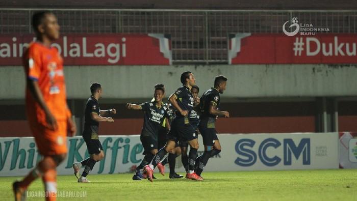 Persib vs Persiraja di Piala Menpora 2021, bermain di Stadion Maguwoharjo, Sleman, Jumat (2/4/2021).
