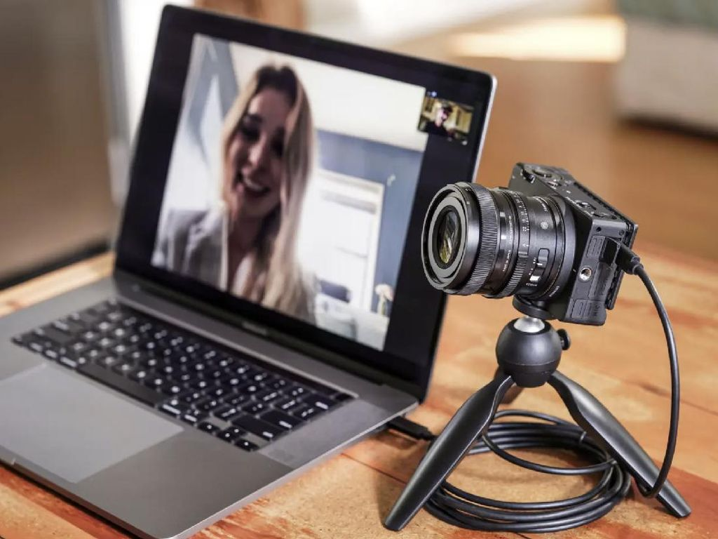 Sigma fp L: Kamera Mirrorless Terkecil Dengan Resolusi 61MP