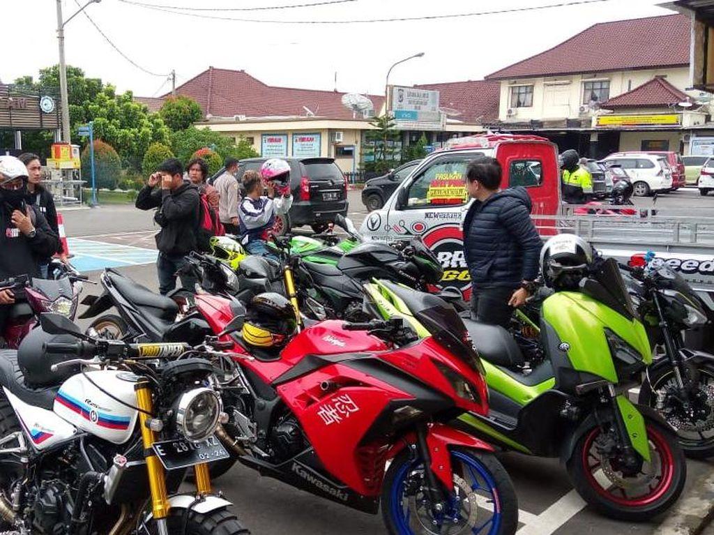 Resahkan Warga Majalengka, Belasan Motor Berknalpot Bising Diamankan Polisi