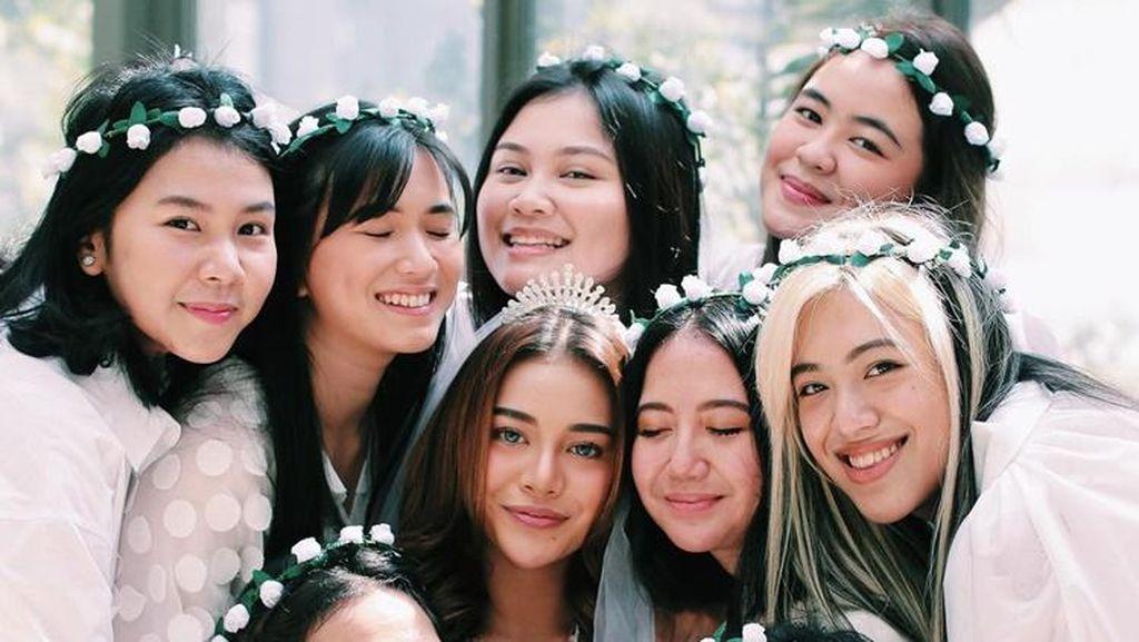 Foto: 9 Momen Bahagia Aurel Hermansyah di Bridal Shower Jelang Menikah