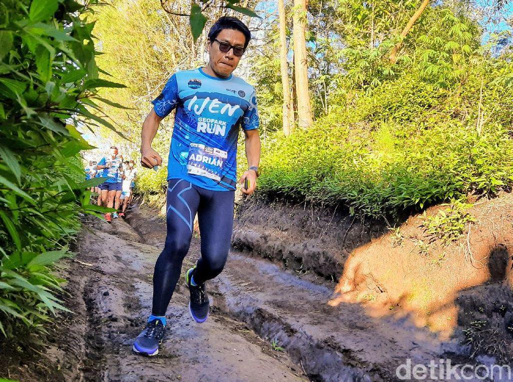 Foto: Ijen Geopark Run, Para Atlet Lari Tempuh Rute Sejauh 70 Km