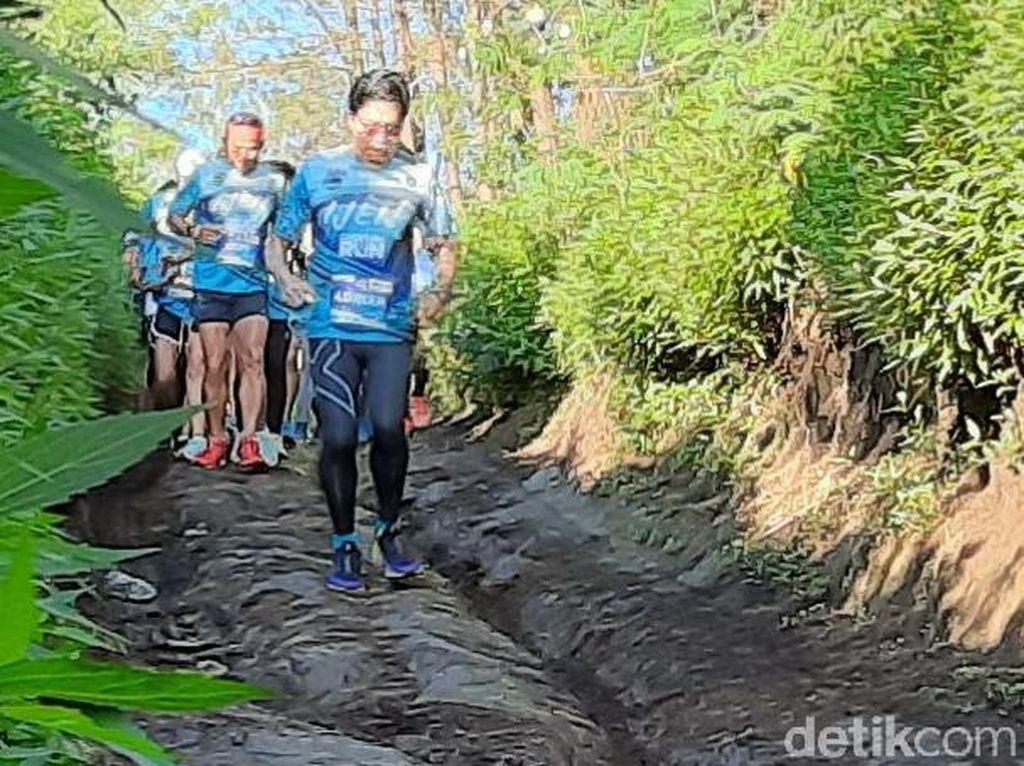 Puluhan Pelari Susuri Kawasan Ijen Geopark di Bondowoso dan Banyuwangi