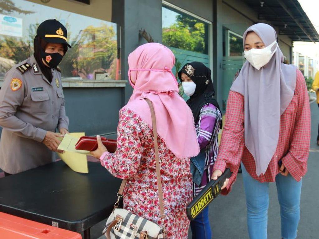 Akses Masuk ke Polres Tuban Diperketat Usai Aksi Teror