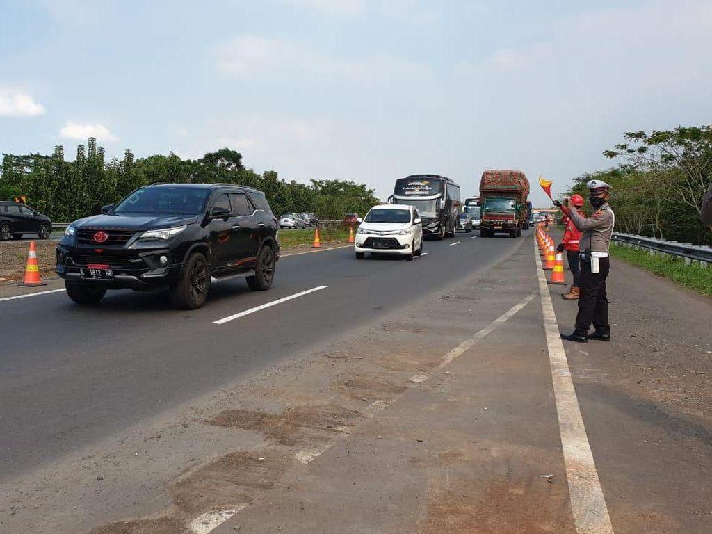 Asyik, Tol Cipali Km 122 yang Amblas, Kini Bisa Digunakan Kembali