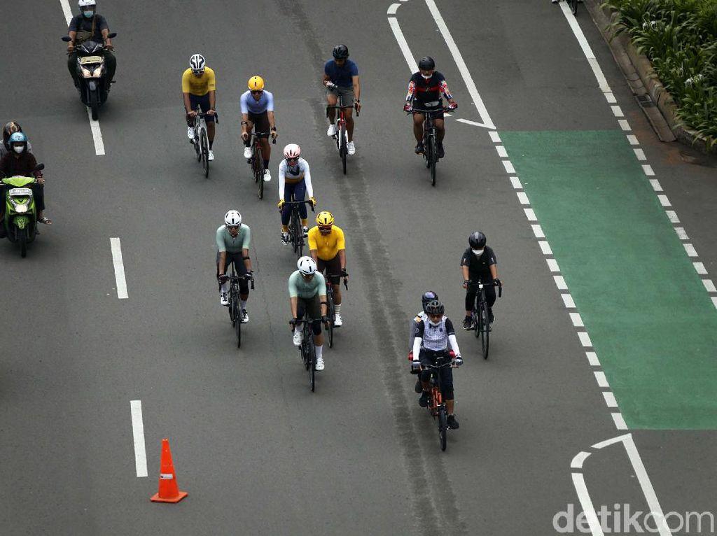 Catat! Pesepeda Belum Bisa Gowes di 3 Titik Zona Ganjil Genap Jakarta