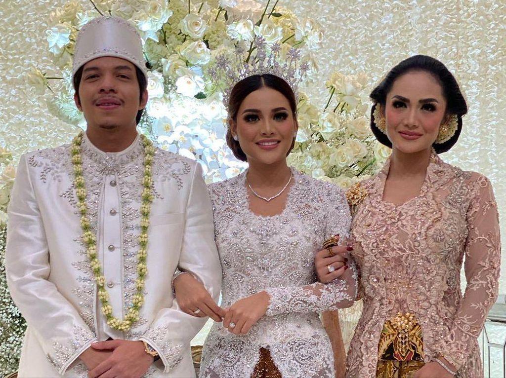 5 Tips Diet Krisdayanti yang Tampil Ramping di Pernikahan Aurel Hermansyah