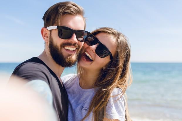 Kamu enggak perlu buru-buru menjalin hubungan baru cuma buat menunjukkan kalau kamu bisa mendapatkan pengganti si mantan dalam waktu singkat.