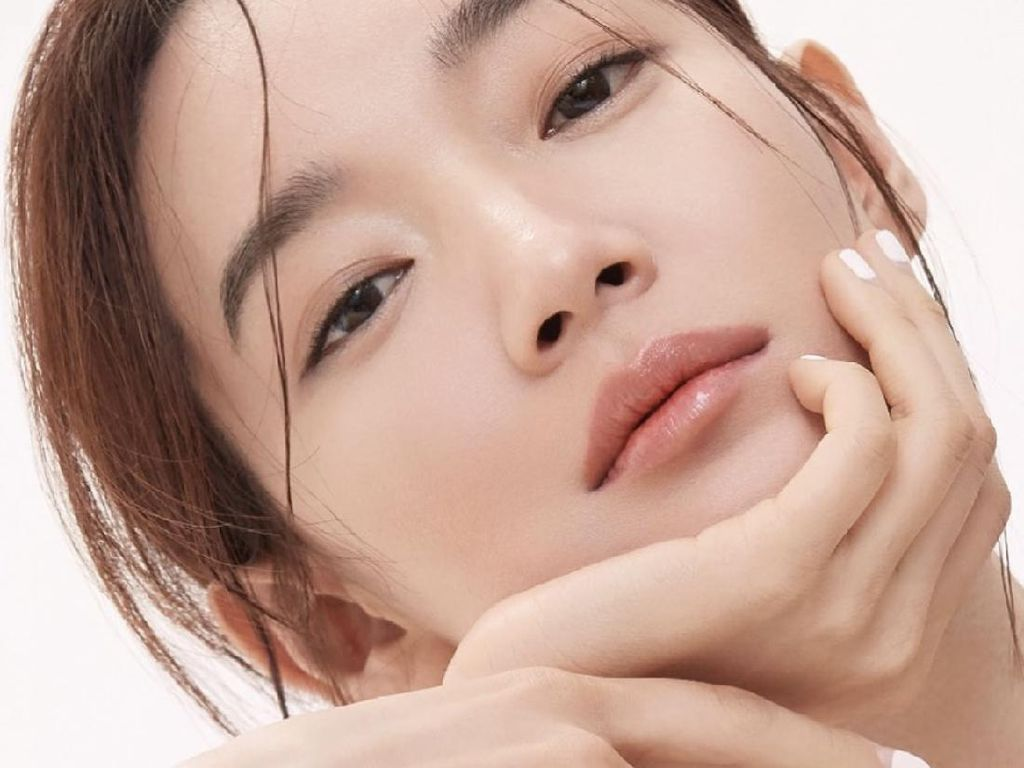 10 Fakta Shin Min Ah, Pasangan Kim Seon Ho di Drakor Romantis Terbaru