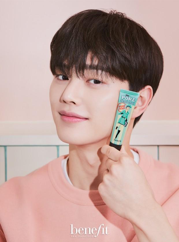 Song Kang x Benefit Cosmetics Korea/twitter.com/NAMOOACTORS2004