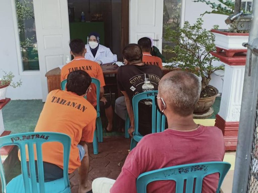Napi Lapas Banyuwangi Rapid Antigen Imbas Aktivis Antimasker Positif COVID-19