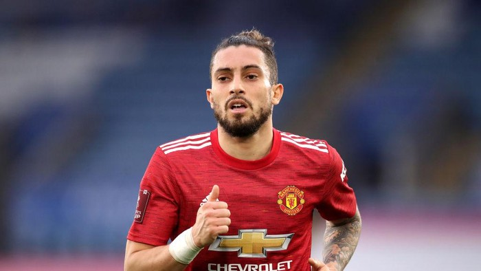 LEICESTER, ENGLAND - MARCH 21: Alex Telles of Manchester United during the Emirates FA Cup Quarter Final match between Leicester City and Manchester United at The King Power Stadium on March 21, 2021 in Leicester, England. Sporting stadiums around the UK remain under strict restrictions due to the Coronavirus Pandemic as Government social distancing laws prohibit fans inside venues resulting in games being played behind closed doors.  (Photo by Alex Pantling/Getty Images)