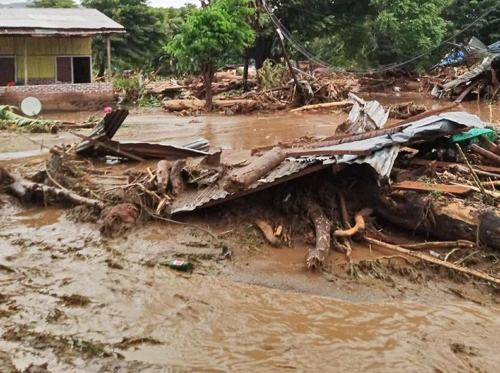 Dampak Amukan Siklon Tropis Seroja di Pulau Lembata