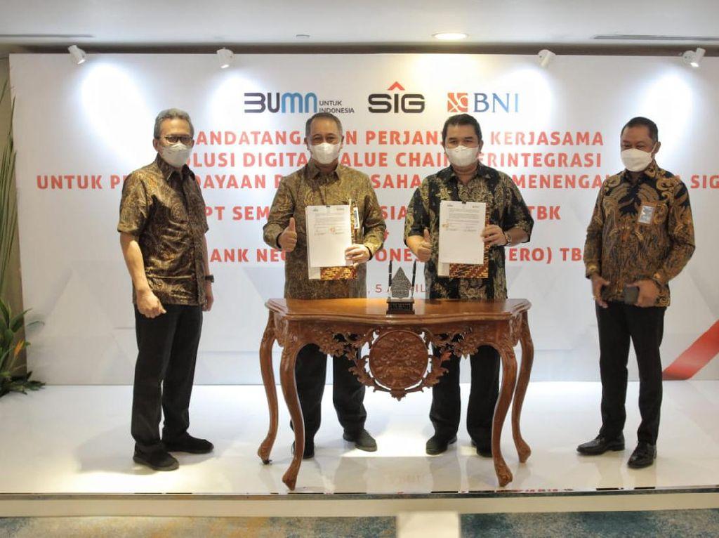 Semen Indonesia Gaet BNI Kembangkan Digital Value Chain Terintegrasi